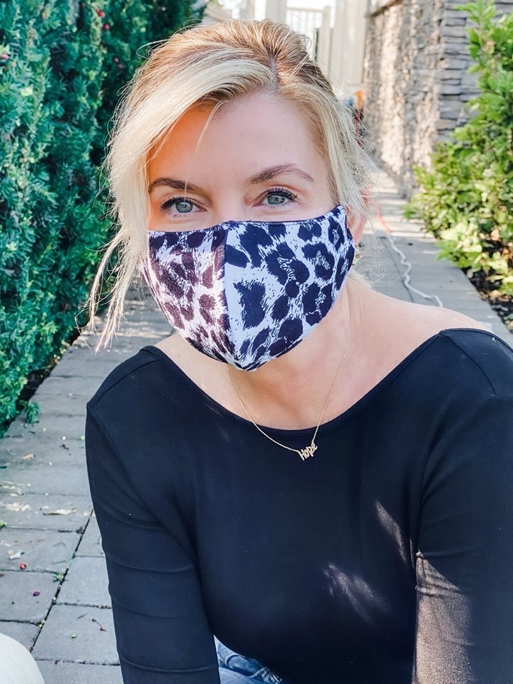 dr.-nadine-macaluso-donating-facemasks-for-mental-health.jpg