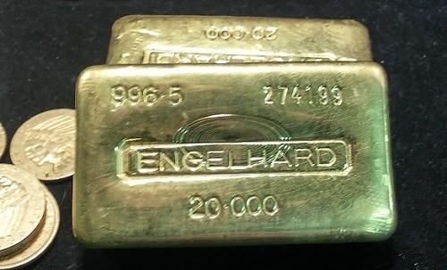 20oz-Engelhard-Gold-Bullion-Bars.jpg
