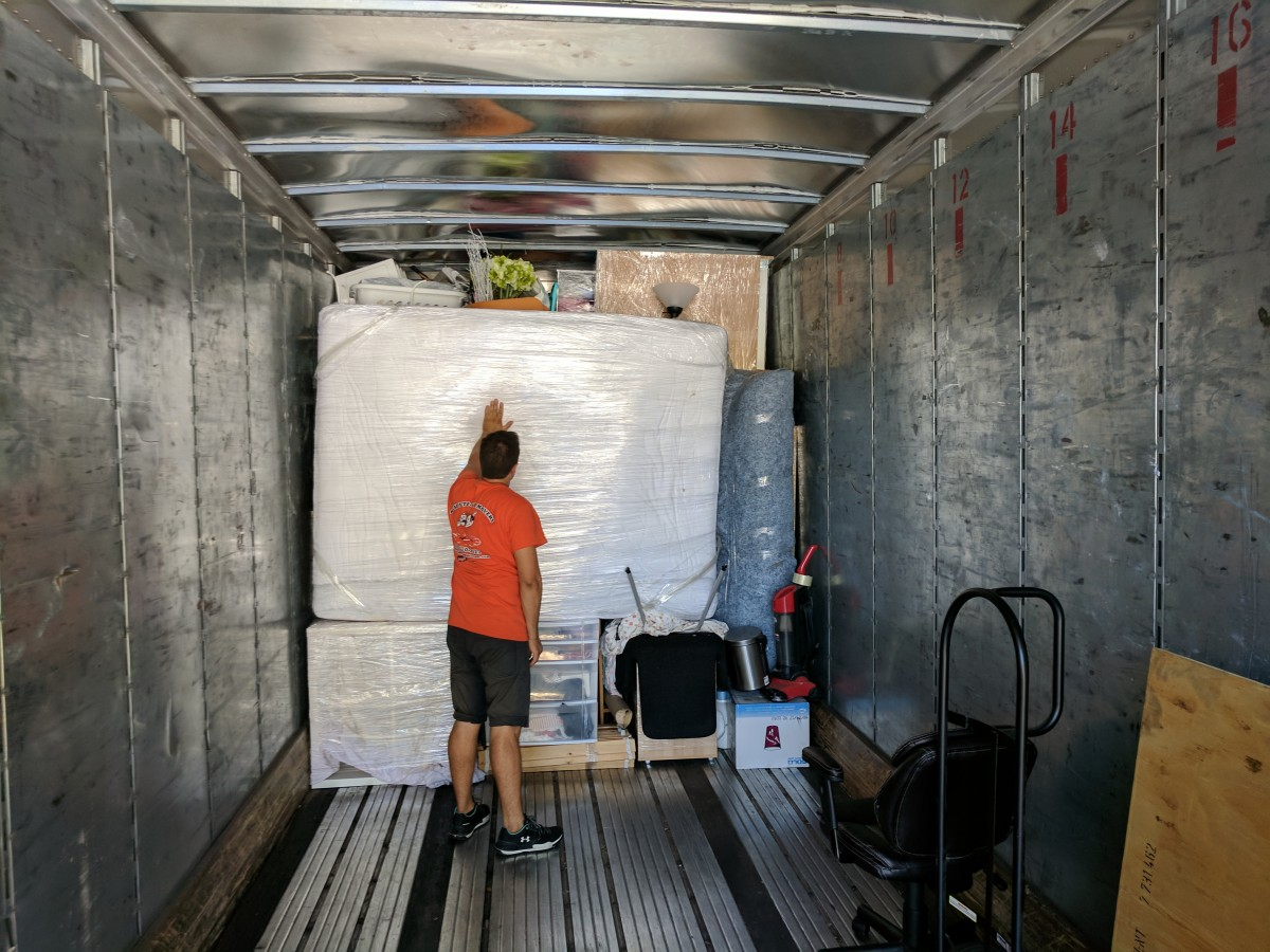 Ready to go movers and packers.jpg