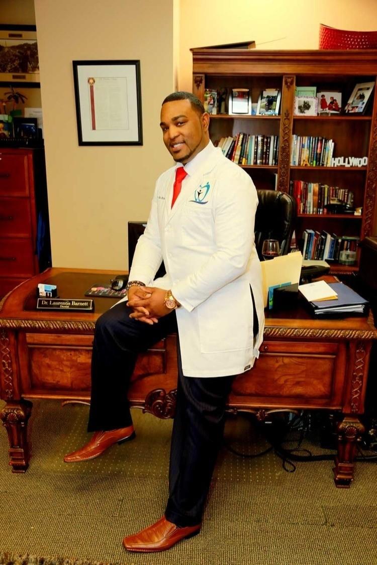 Best Dentist Dr. Laurentis Barnett Madison AL.jpeg